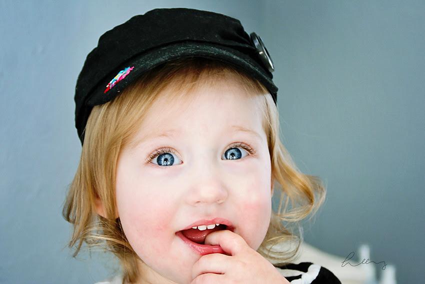 CHILD IN HAT