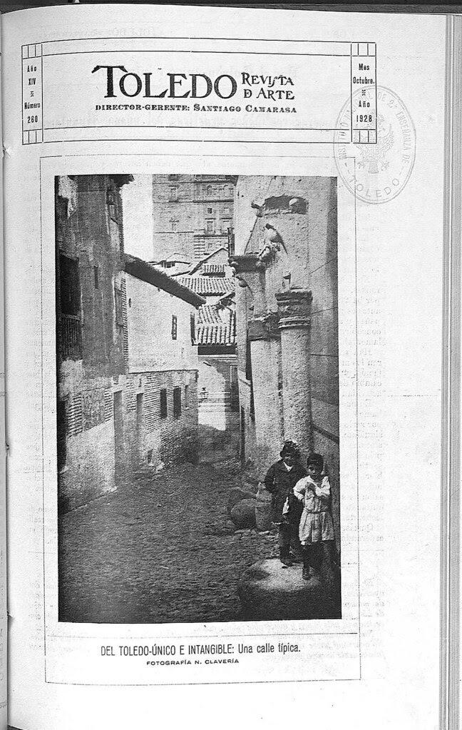 Una calle de Toledo hacia 1928. Fotografía de Narciso Clavería publicada en octubre de ese año en la Revista Toledo