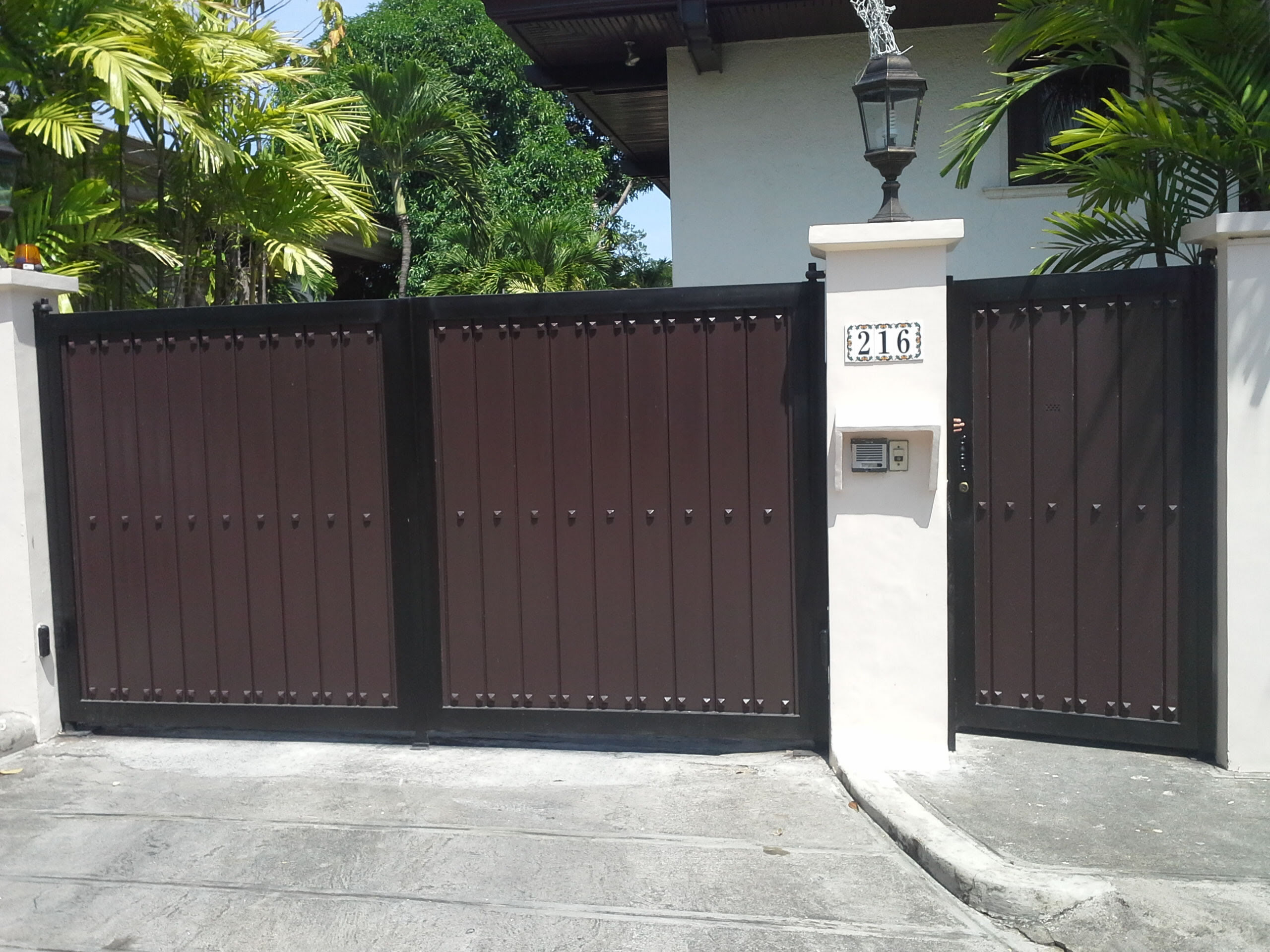 Modern Entrance Gate Cavitetrail Glass Railings Philippines