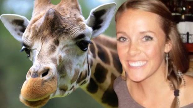 Amanda Hall foi multada em R$ 1.550 por assediar girafa (Foto: Reprodução/YouTube/TomoNews US )