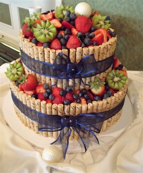 Vegan cake with fresh fruit but that just looks amazing