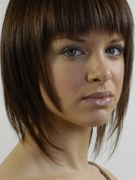 coupe de cheveux avec frange pour femme 50 ans | ivory hairstyle