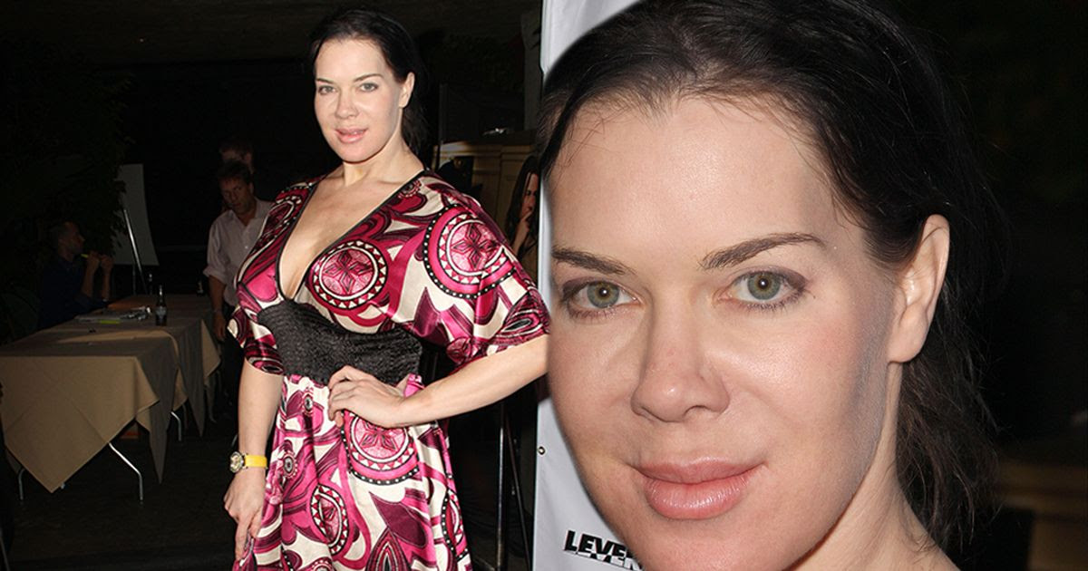 "img JOAN LAURER, ""Chyna"", Professional Wrestler, Actress,"