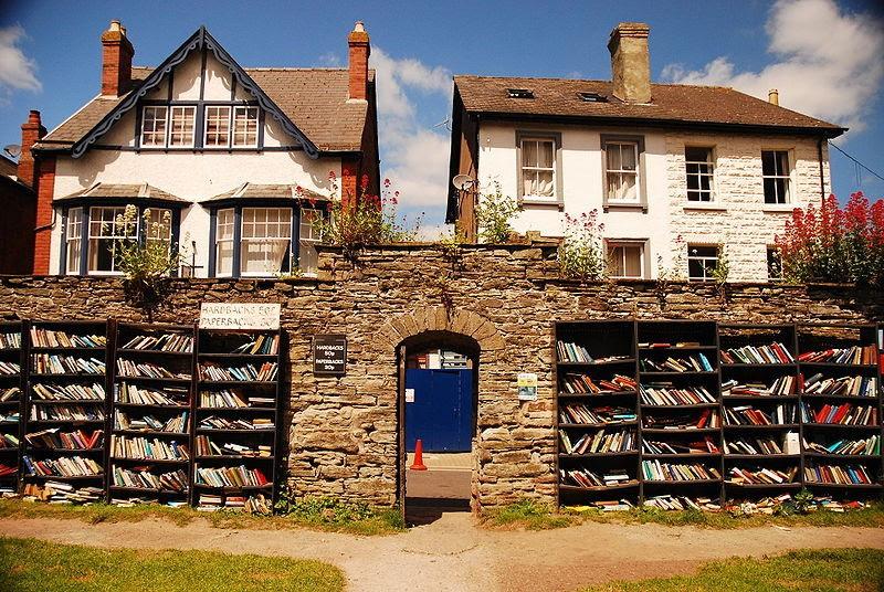 Honesty Bookstore - Hay-on-Wye, Inglaterra (Foto: Reprodução)