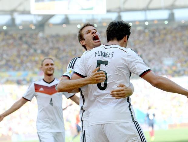 Alemanha x França Hummels (Foto: EFE)