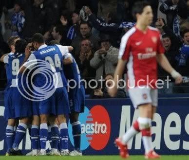 FC Porto defende em Londres vantagem de 2-1