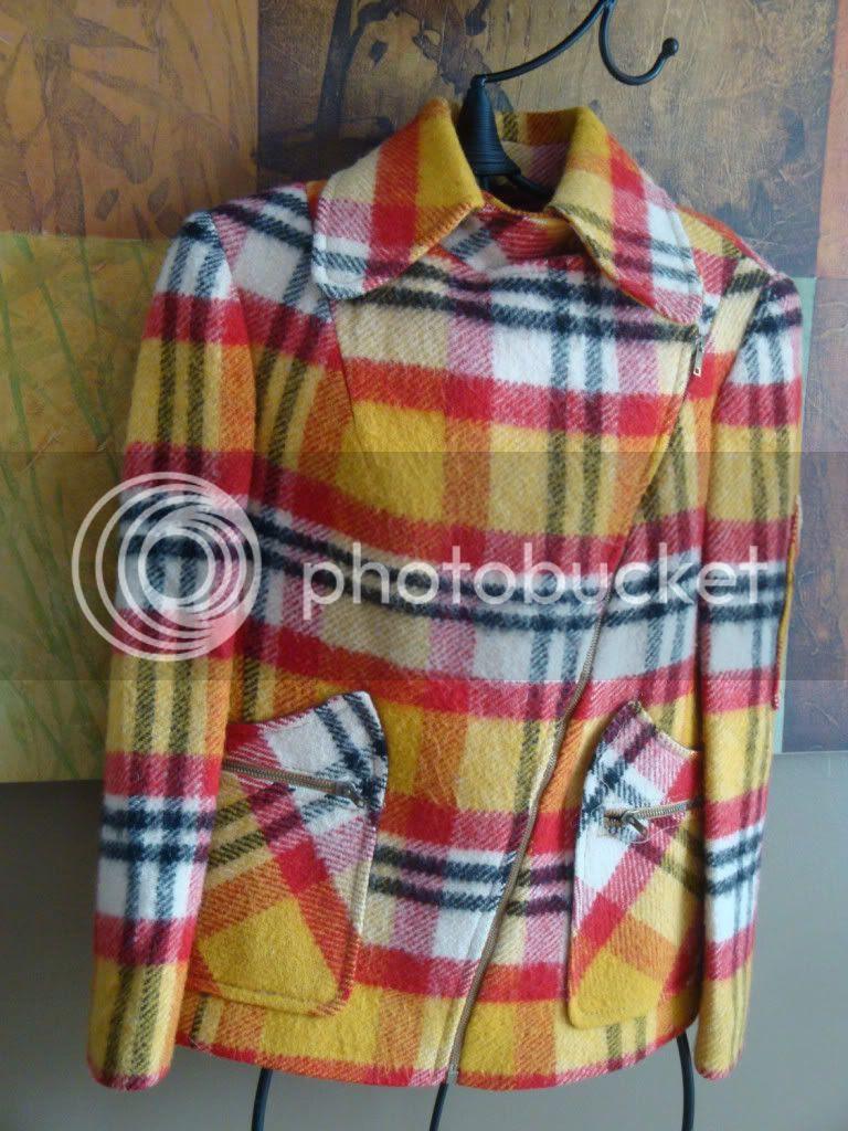 Vintage 60s Utex unique plaid wool coat