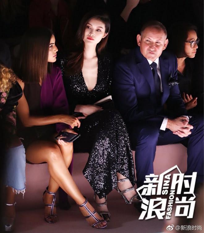Tổng kết Tuần lễ thời trang New York: Nam thần Lý Dịch Phong được bình chọn mặc đẹp nhất - Ảnh 11.