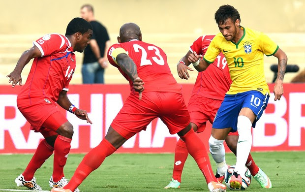 Neymar no amistoso Brasil x Panamá (Foto: AFP)