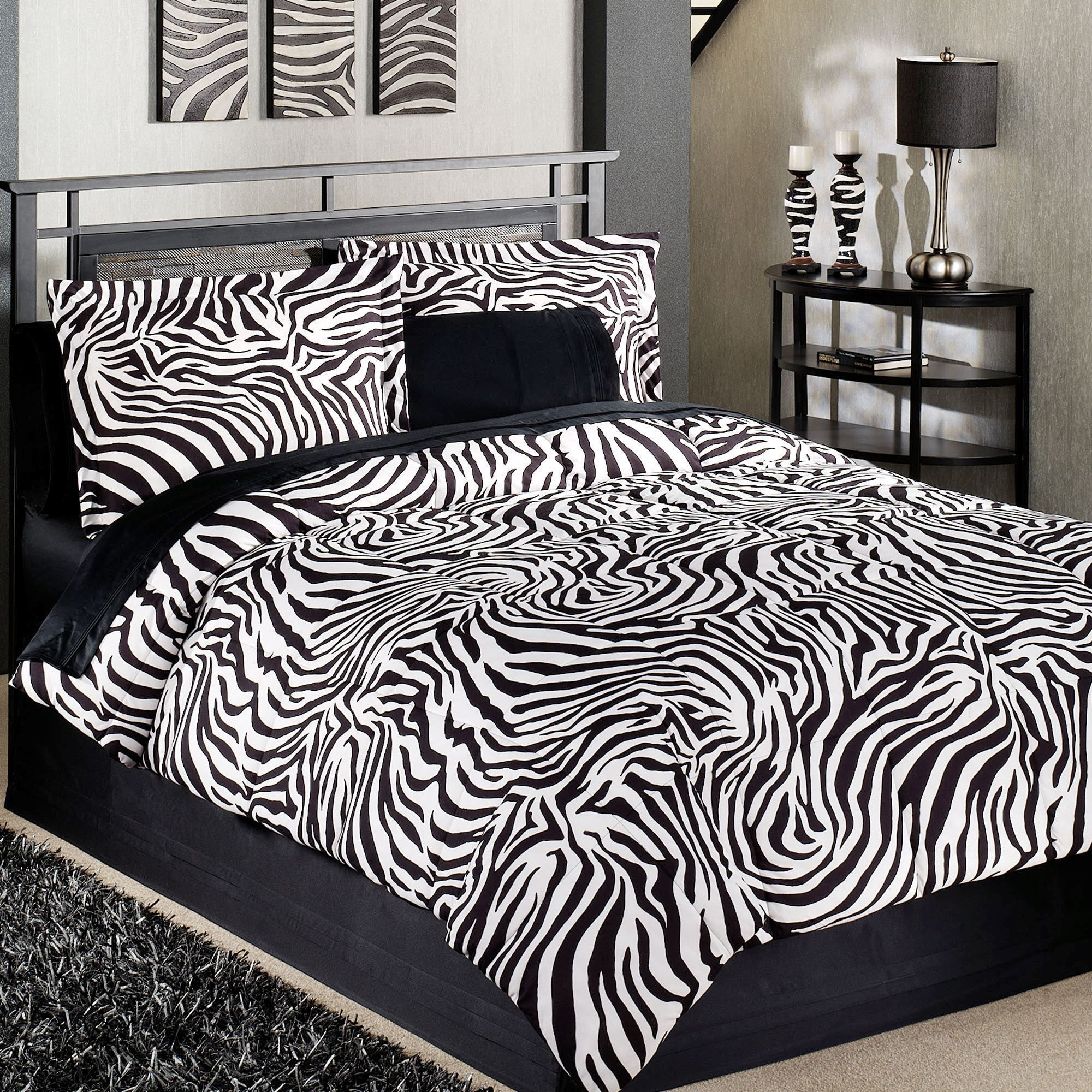 Animal Theme Decoration with Zebra Print Bedroom | Smart Home ...