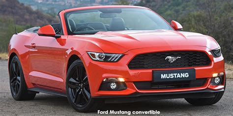 ford mustang convertible    ford mustang