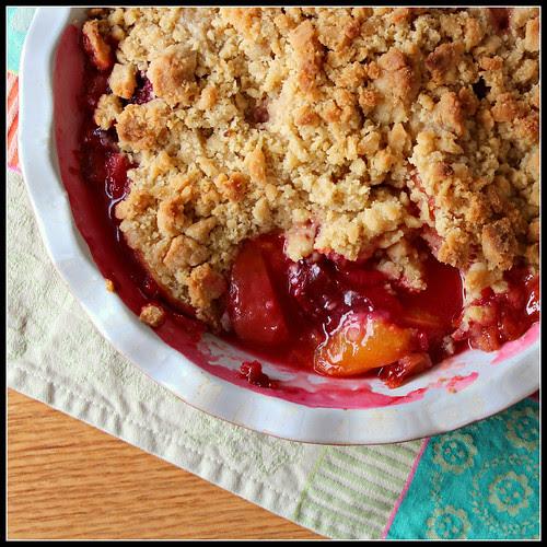 Peach Plum Crumble Pan