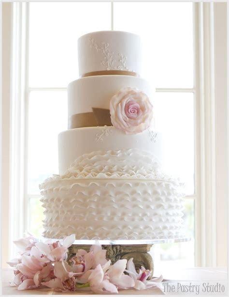 17 Best images about Clive & Lenkas Wedding Cake Inspir