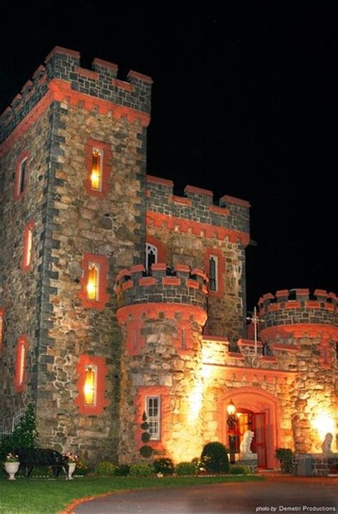 Searles Castle at Windham   , Wedding Venue