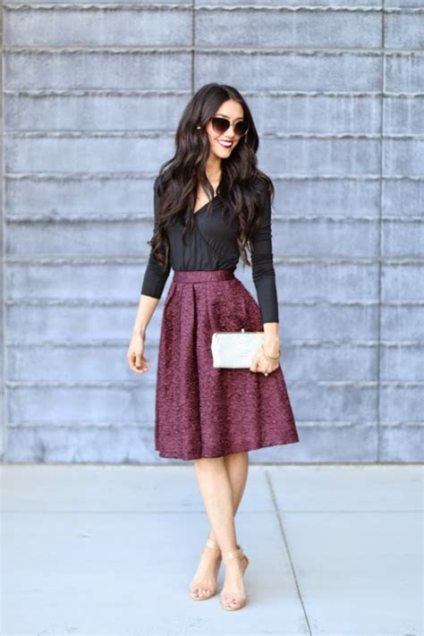 16 Gorgeous Fall Wedding Guest Outfits You Will Fall In