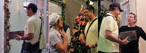 William Bonner interpreta um carteiro e interage com equipe (Foto: TV Globo / Camila Crespo)