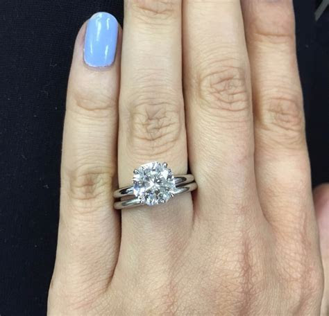 Awesome Difference Between Engagement and Wedding Ring
