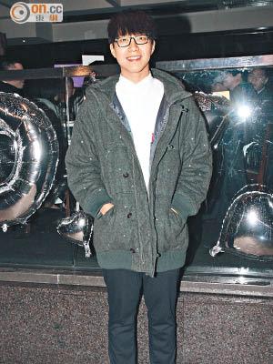 吳業坤常在網上與網民互動,無綫打算邀請他成為真人騷首位亮相之藝人。