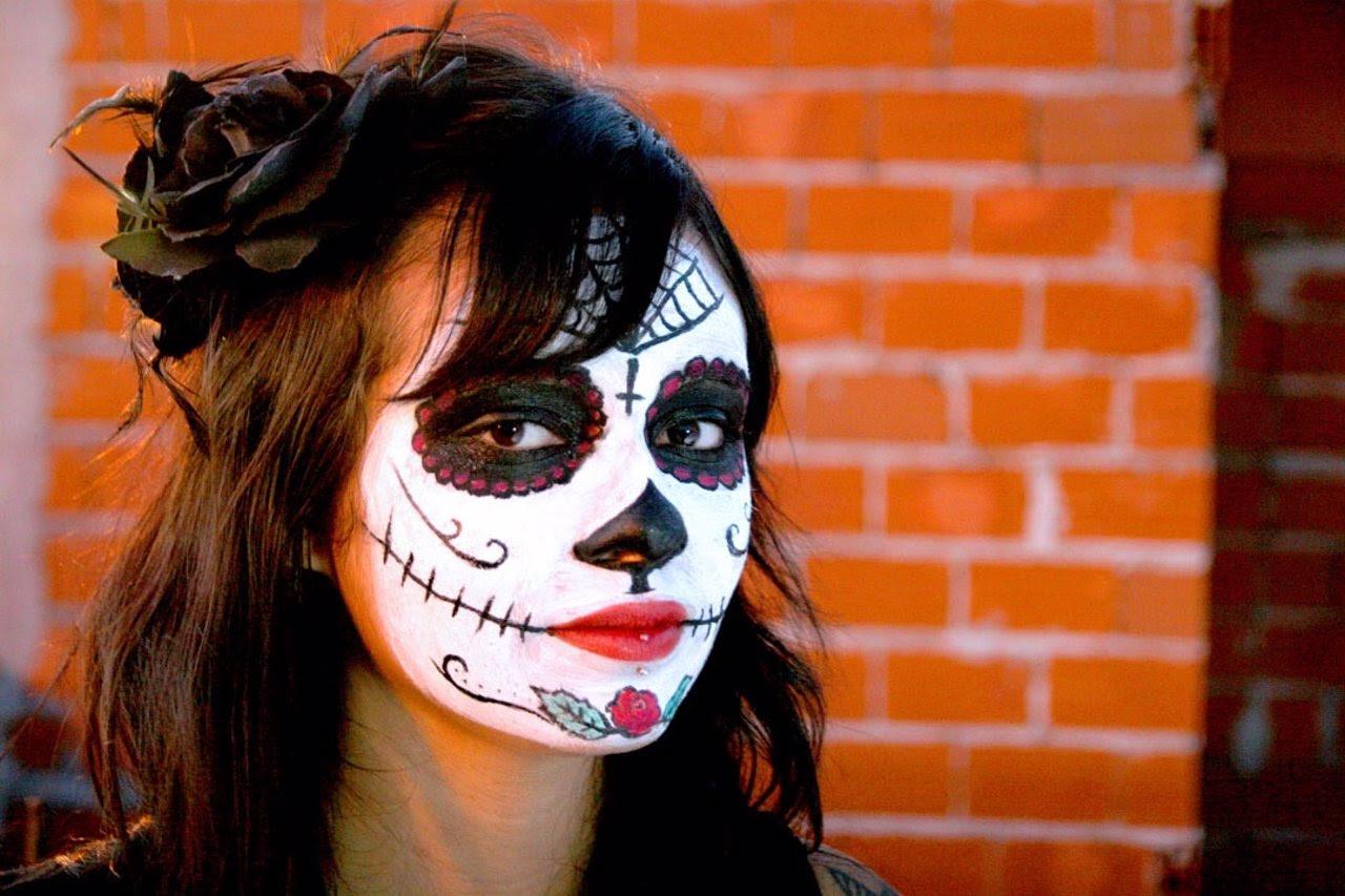 Cómo Conseguir El Maquillaje De Una Catrina Mexicana