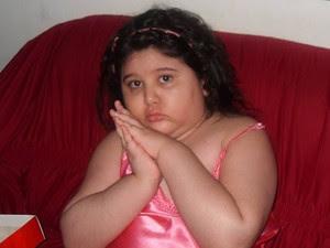 Yasmin, 8 anos, luta contra câncer, diabetes e trombose (Foto: Arquivo pessoal)