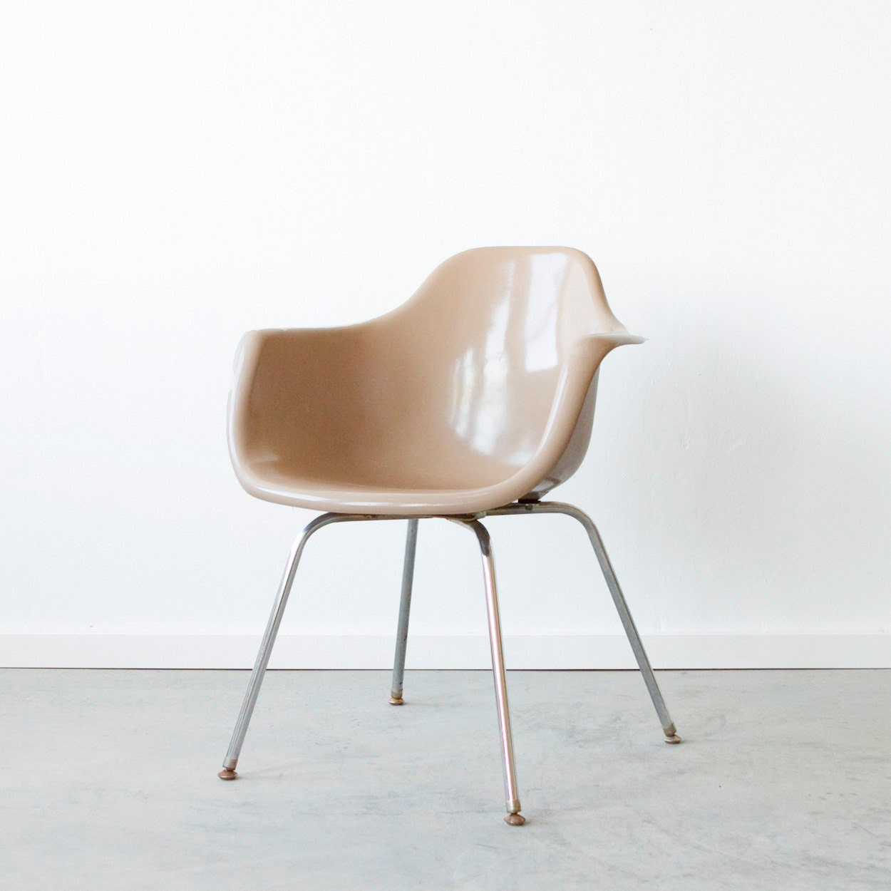 Vintage 1960's Eames Style Krueger Arm Chair in Toffee