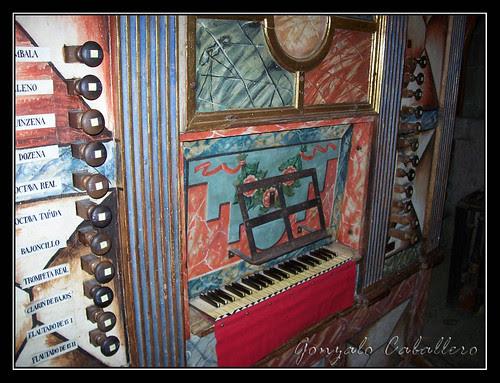 Consola del órgano de la Epístola de la Catedral Nueva de Salamanca