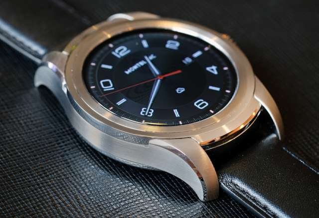 Montblanc Summit Luxury Smartwatch with Curved Sapphire Display Launched