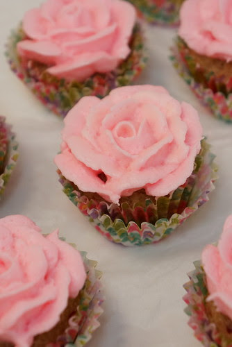 Rose Cupcakes for your sweetheart