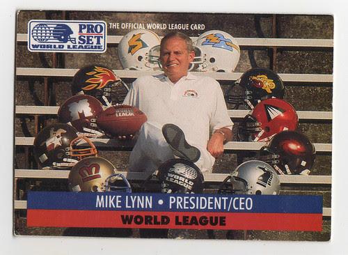 Mike Lynn devant