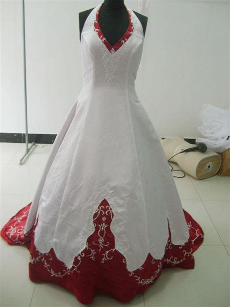 Discount White And Wine Red Wedding Gown/Bridesmaid