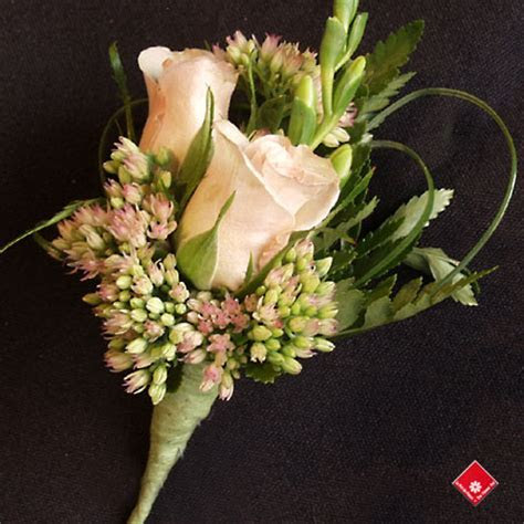 Spray Rose Corsage for a Montreal Wedding or Prom · The