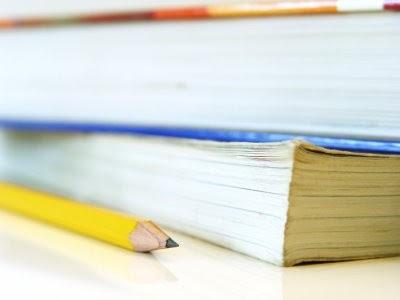 Regresso às aulas: famílias mais pobres obrigadas a pagar livros