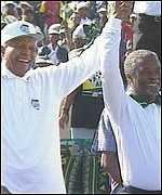 Nelson Mandela og Thabo Mbeki