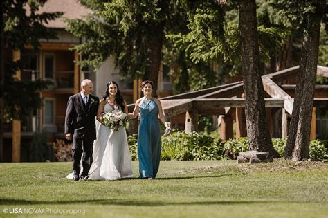31 Shuswap summer wedding lake Quaaout Lodge ceremony
