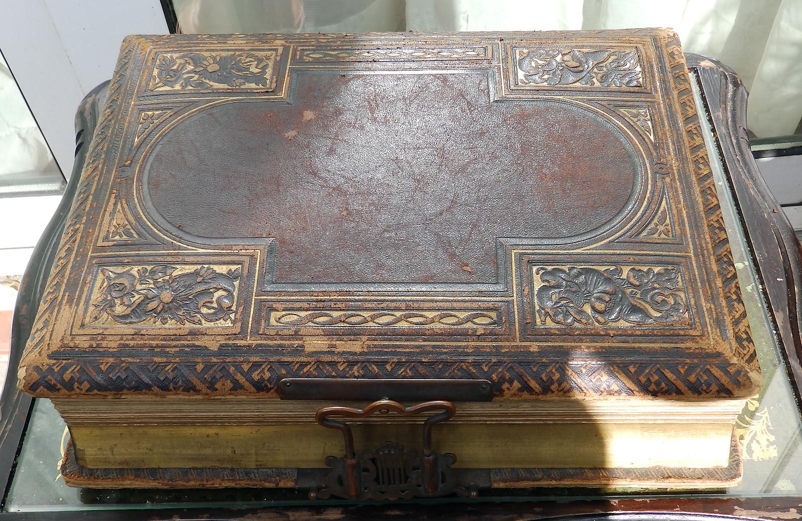 Antique Photograph Album A Scarce Novelty Victorian Musical Box