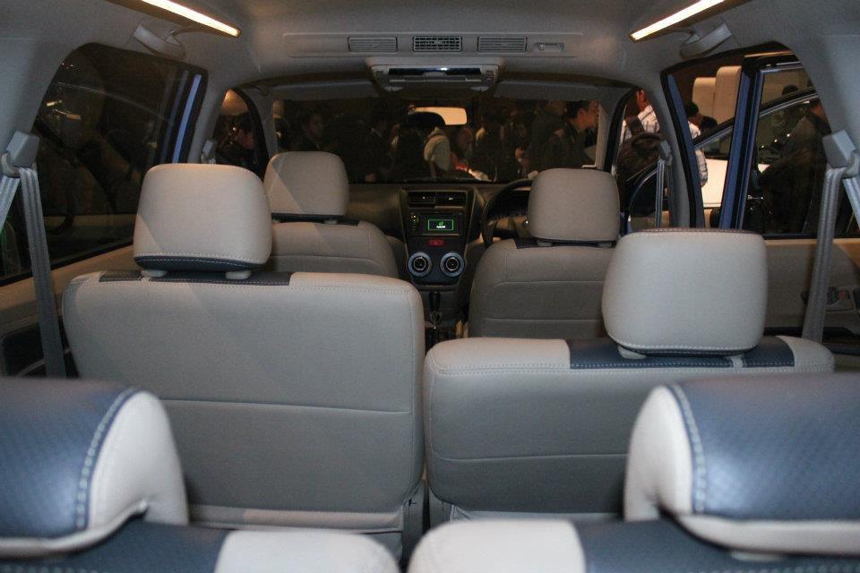 2011 Gambar Spesifikasi Mobil Baru Toyota  Share The Knownledge