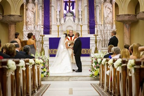 Aisle flowers by Botanica #wedding #weddingflowers #