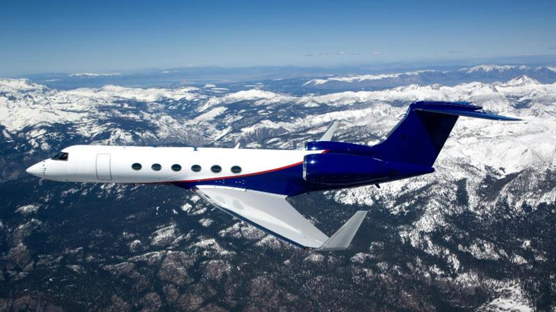 5. Gulfstream V (Jim Carrey) - $ 59 million. Businessmen billionaires, aircraft, private planes