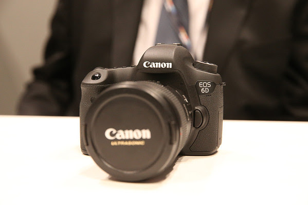 Canon 6D first look