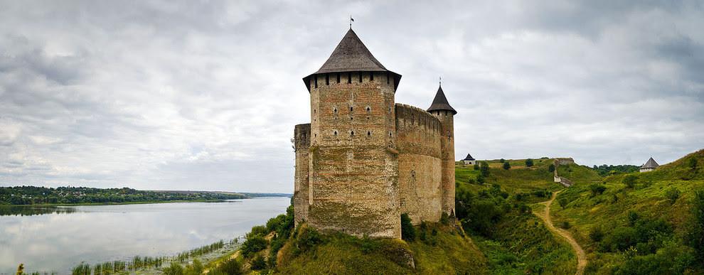 10. Здесь замки загадочны и красивы красота, украина