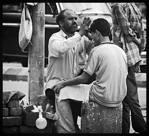 tel malish champi malish bhaiyya.. hajaam too by firoze shakir photographerno1