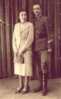 Juana Rodríguez Chaparro y José Pozo el día de su boda