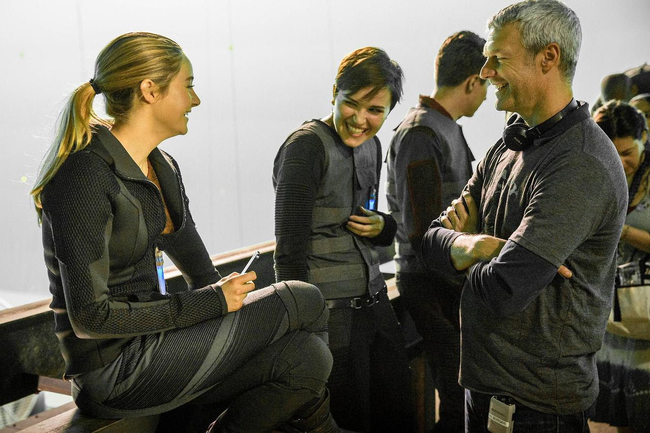 http://fandomnetnews.files.wordpress.com/2014/03/divergentstill16.jpg
