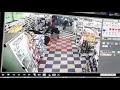 Un policía de civil quiso evitar un robo en un supermercado y lo mataron a balazos