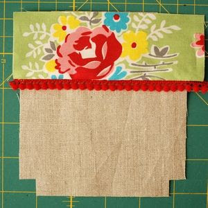 retro mama: fabric house tutorial