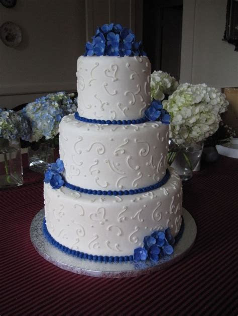 blue and white wedding cake   Musketeer Wedding