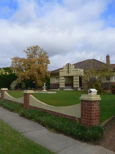 House, Ararat