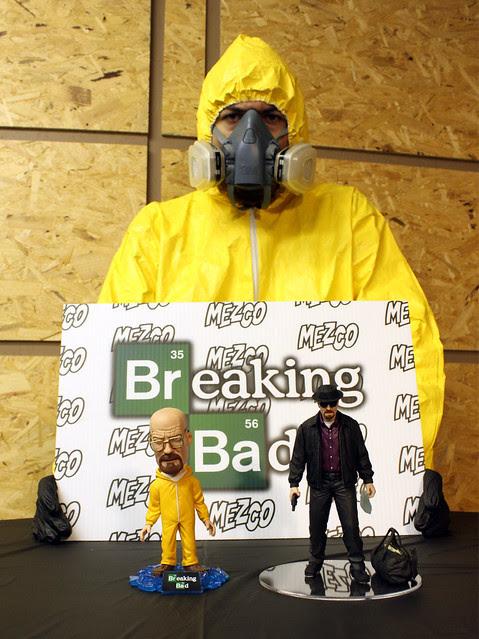 MEZCO-BREAKING-BAD-01