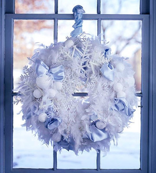 50 Awesome Christmas Wreaths Ideas For All Types Of Décor | DigsDigs