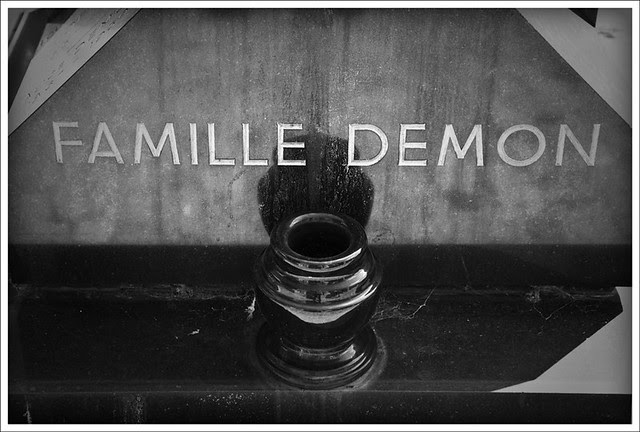 Passy Cemetery 2 (Demon Family)